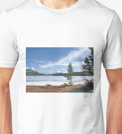 Maligne Lake nr. Jasper Canada Unisex T-Shirt