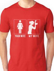 PHOTOGRAPHER - MY WIFE Unisex T-Shirt