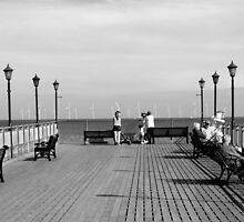 Pier End View, Skegness by Rod Johnson