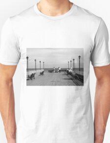 Pier End View, Skegness Unisex T-Shirt
