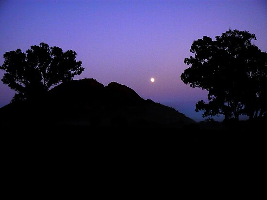 Early rising over the Warrumbungles  by Virginia McGowan