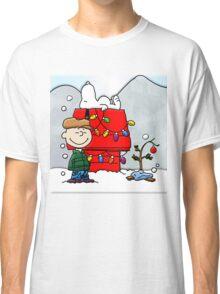 CHARLIE BROWN CHRISTMAS 2 Classic T-Shirt