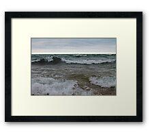Superior waves Framed Print