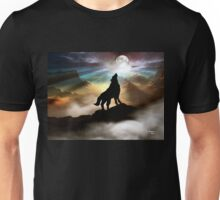 THE CANYON WOLF HOWLING AT THE FULL MOON Unisex T-Shirt