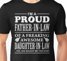 Proud FATHER IN LAW Of Awesome Daughter In Law T-Shirt Unisex T-Shirt