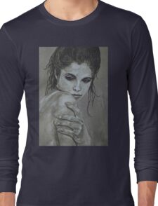 Sultry - female portrait Long Sleeve T-Shirt