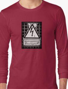 hochspannung lebensgefahr Long Sleeve T-Shirt
