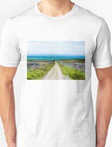 Empty lane with stone fences in Lancashire countryside, UK Unisex T-Shirt