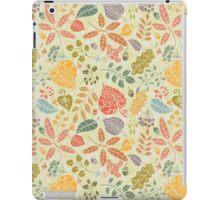 Decorative Autumn leaves seamless pattern  iPad Case/Skin
