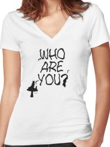 Caterpillar - Who Are You? Ver. 1 (Alice In Wonderland) Women's Fitted V-Neck T-Shirt