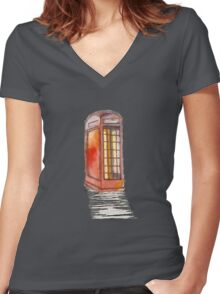 London Calling Women's Fitted V-Neck T-Shirt