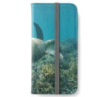 Underwater green sea turtle iPhone Wallet/Case/Skin