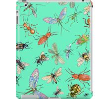 Creepy crawlies: Bold iPad Case/Skin