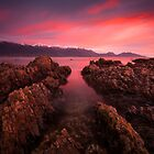 Red Kaikoura Dawn by Nick Skinner