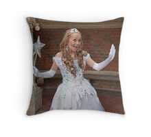 Pop Idol Sonia Throw Pillow