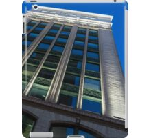 City Night Walks – White, Green and Blue Facade iPad Case/Skin