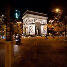 Avenue Carnot & Arc de Triomphe by Nicholas Coates