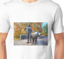 Wojtek The Soldier Bear Memorial Edinburgh Unisex T-Shirt