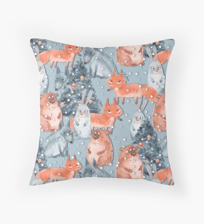 Holiday pattern with animals 5 Throw Pillow