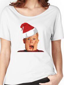 Home Alone Santa Hat T-Shirt: Macaulay Culkin Christmas Holiday Women's Relaxed Fit T-Shirt