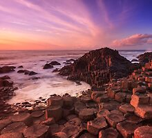 Giant's Causeway , Co Antrim , Northern Ireland by Zdrojewski