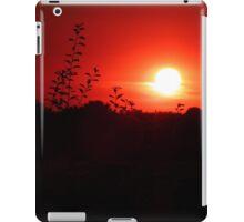 A Leafy Silhouette iPad Case/Skin