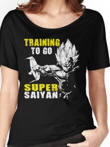 Training To Go Super Saiyan (Vegeta Hardcore Squat) Women's Relaxed Fit T-Shirt