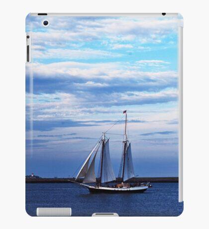 Boston Harbor Sail iPad Case/Skin