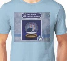 Jamie & Claire snow globe. Unisex T-Shirt