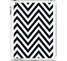 MODERN CHEVRON PATTERN bold black white iPad Case/Skin