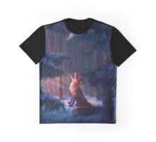 Fox in a snowy forest Graphic T-Shirt