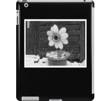 Flowers in the Snowstorm iPad Case/Skin