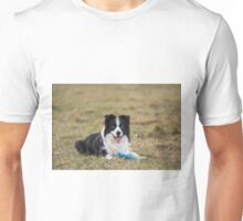 border collie with a Frisbee in its paws Unisex T-Shirt