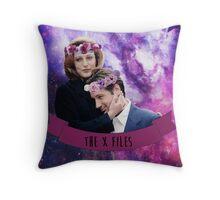 Dana & Fox | The X-Files Throw Pillow