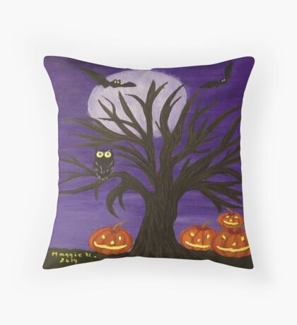 Halloween-2 Throw Pillow