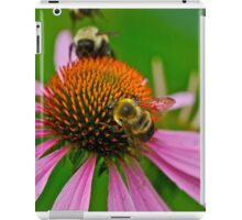 Busy Bumble Bees iPad Case/Skin
