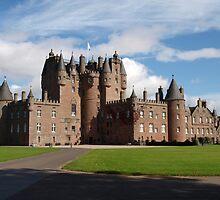 Glamis castle by kalaryder