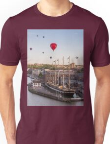 Balloons over the SS Great Britain in Bristol Unisex T-Shirt