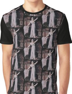 Dramatic Cleopatra  Graphic T-Shirt