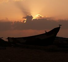 Silouette on the Bay of Bengal by indiafrank