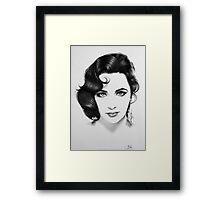 Elizabeth Taylor Minimal Portrait Framed Print