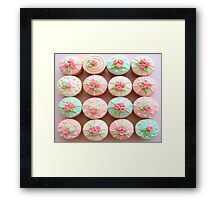 TREND OF CUPCAKES Framed Print