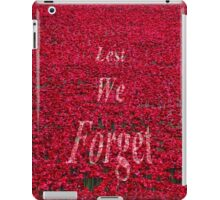 Poppies at The Tower of London - Lest we forget iPad Case/Skin
