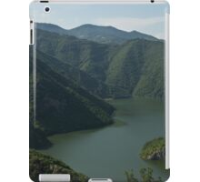 Verdant Mountains Spilling in the Green Water iPad Case/Skin