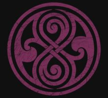 Seal of Rassilon - Classic Doctor Who - Purple on Black (Distressed) by James Ferguson - Darkinc1