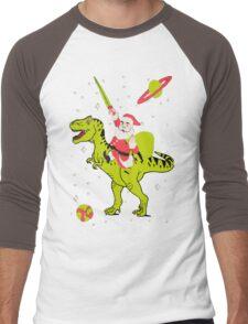 Santa Riding Dinosaur -Christmas Coming Men's Baseball ¾ T-Shirt