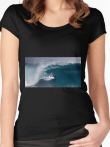 The Art Of Surfing In Hawaii 14 Women's Fitted Scoop T-Shirt