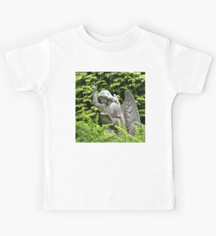Don't blink, don't look away! Kids Tee