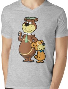 Picnic Basket Duo Mens V-Neck T-Shirt