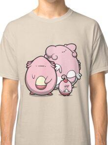 Egg nurses Classic T-Shirt